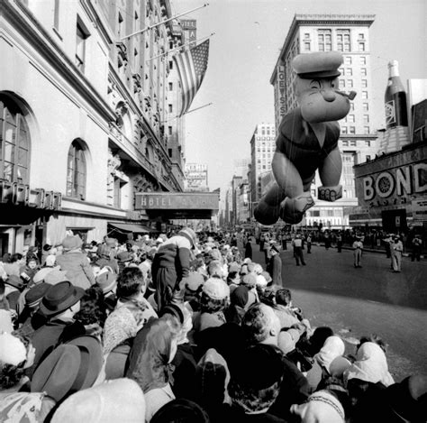 PICTURES: Macy's Thanksgiving Day Parade through the years