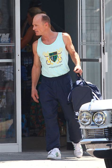 Ed Harris in Stars on the Set of 'Pain and Gain' 1 of 3
