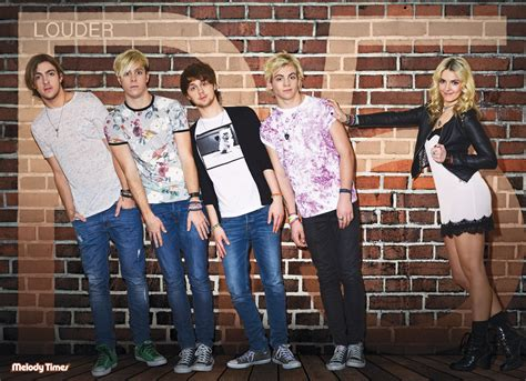 poster R5 HD