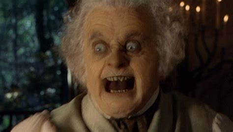 Ian Holm Returning to Bookend 'The Hobbit' as Bilbo Baggins