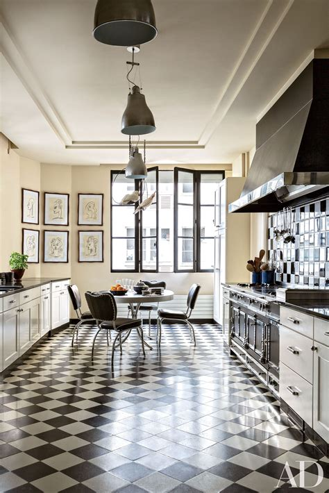 Decorating Your Kitchen with Black Photos | Architectural
