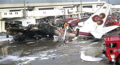 Accident of a Boeing 737 operated by Thai Airways