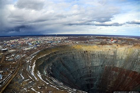 """Mirny town – the diamond """"capital"""" of Russia · Russia"""