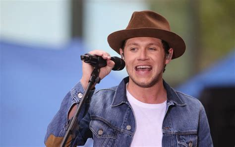 One Direction's Niall Horan gives tribute to London Bridge