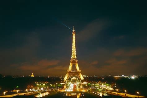 Why sharing pictures of the Eiffel Tower at night is