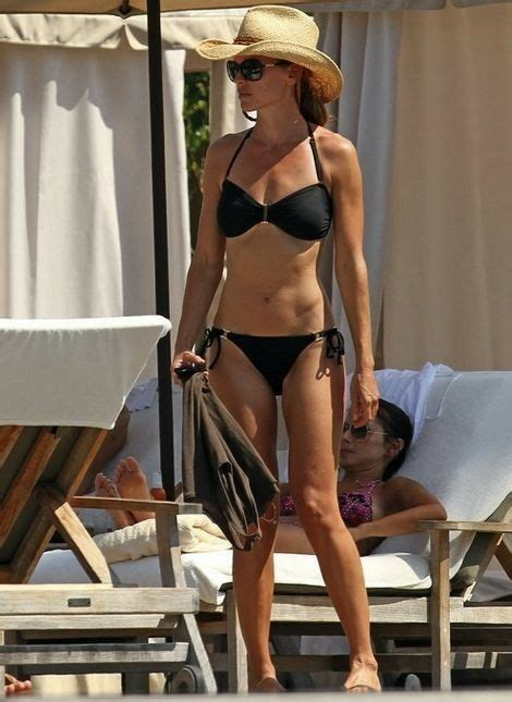 Hilary Swank in 2020 | Swank, Hilary, Celebrity pictures