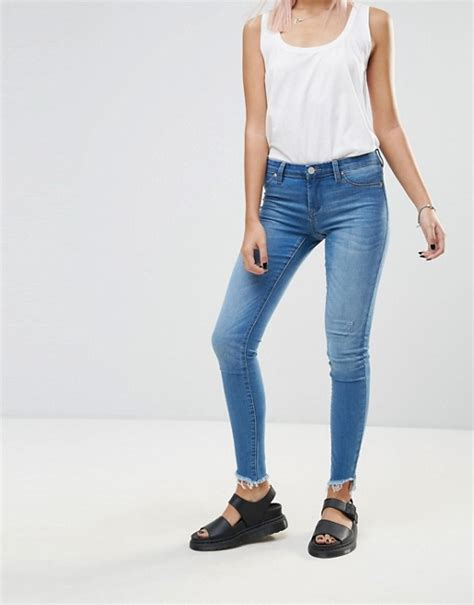 Blank NYC – One Life Stand – Enge Jeans mit offenem