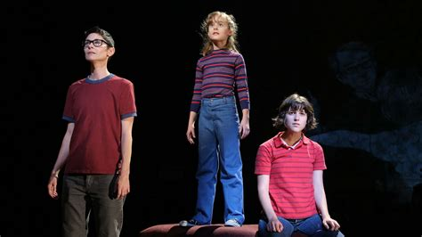 """""""Fun Home"""" The Musical Is Officially Heading To Broadway"""