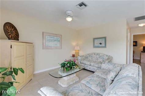 106 Tropical Shore Way, Fort Myers Beach, FL 33931 - House