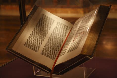 File:Gutenberg Bible, New York Public Library, USA